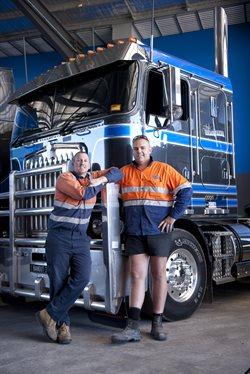 Australijscy megatrakersi