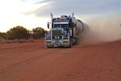 Ciężarówką po antypodach