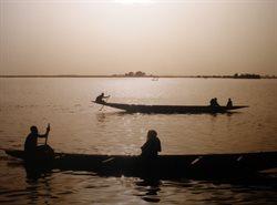 Ins heiße Herz Afrikas _ Entdeckungsreise auf dem Niger