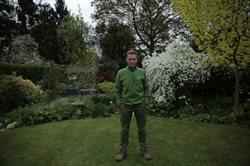 Brytyjski ogród: życie i śmierć na twoim trawniku
